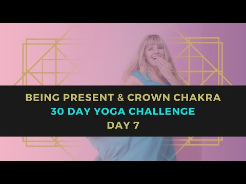 Being Present & Crown Chakra Yoga Flow //15 Minutes // 30 Day Yoga Challenge // Day 7